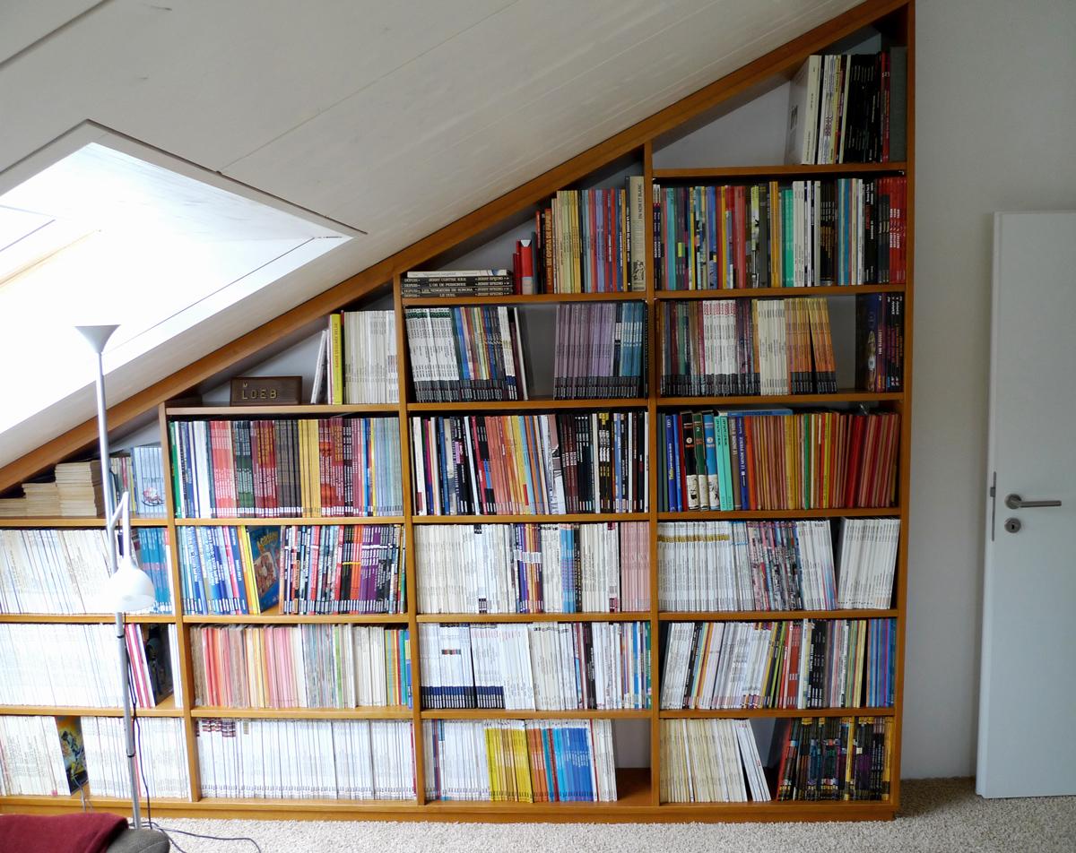 biblioth que sous pente meyer suter menuiserie. Black Bedroom Furniture Sets. Home Design Ideas