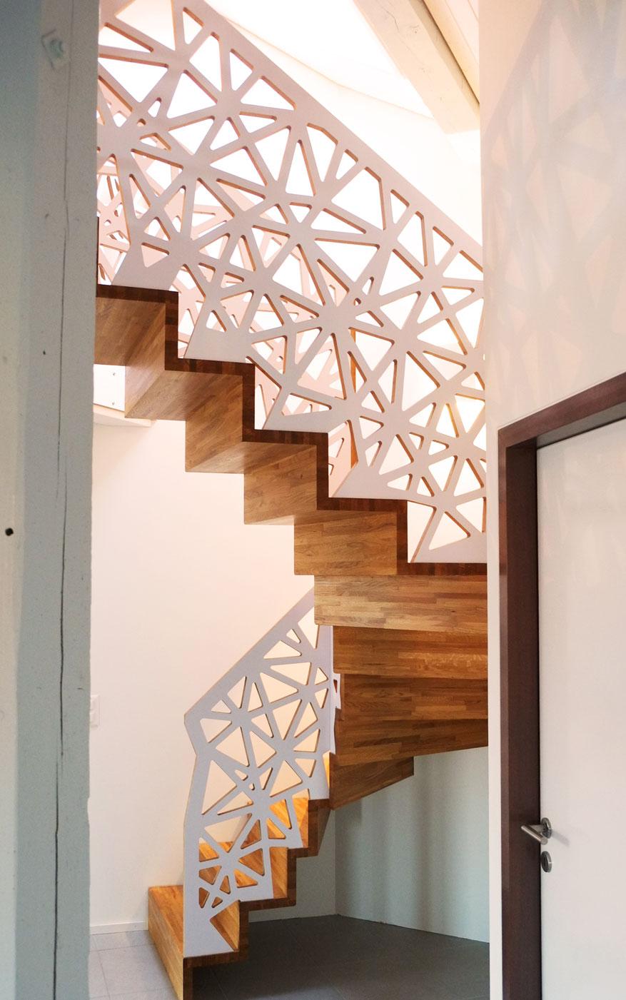 escalier de mezzanine en ch ne et multiplis bouleau. Black Bedroom Furniture Sets. Home Design Ideas