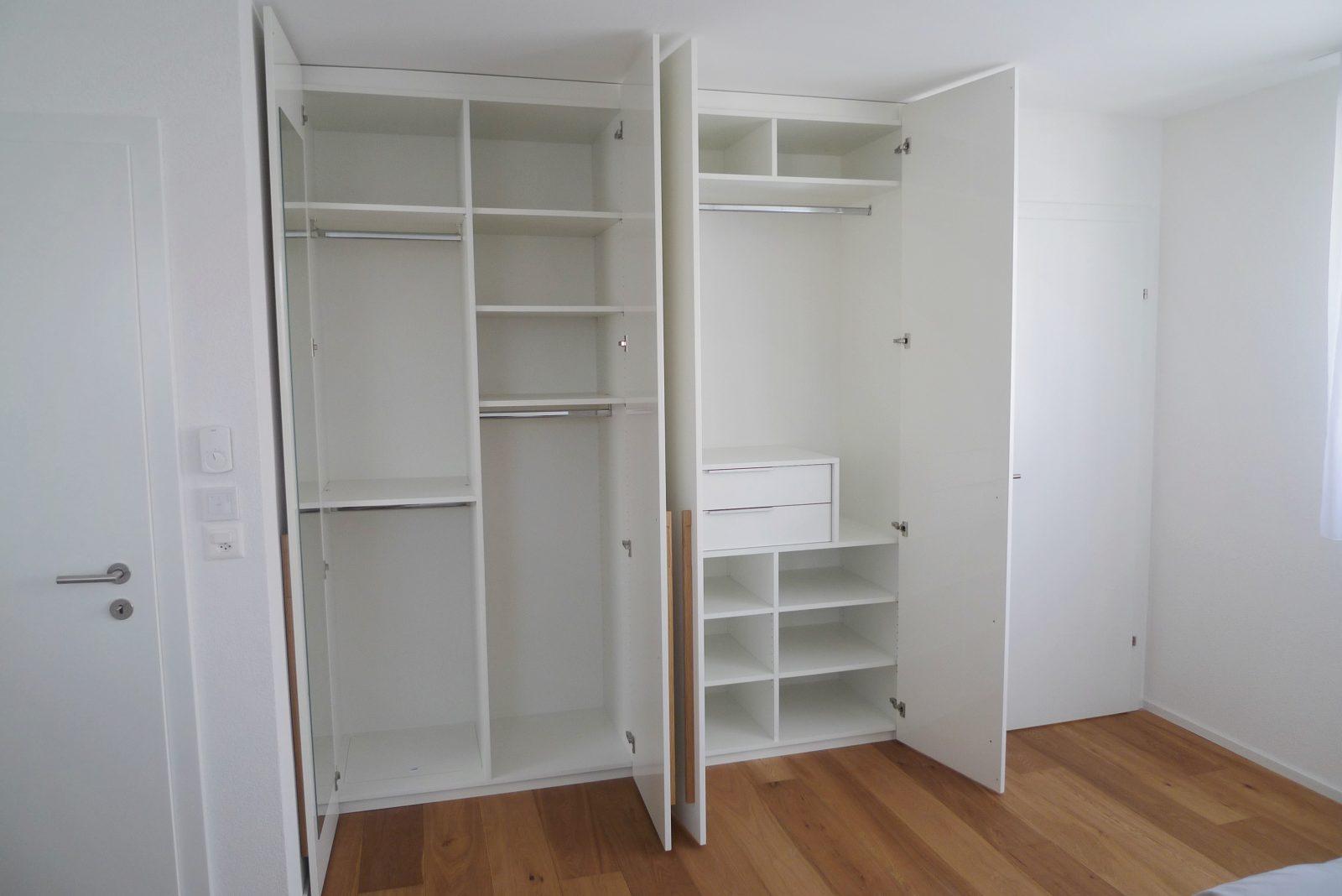 armoire laquée blanc brillant ouverte